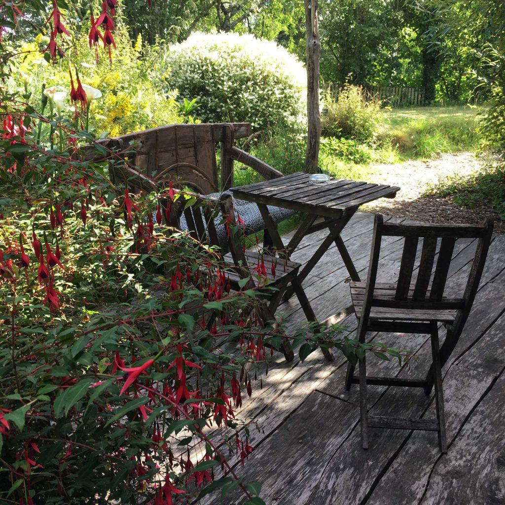 terrasse ecolodge sous les pommiers